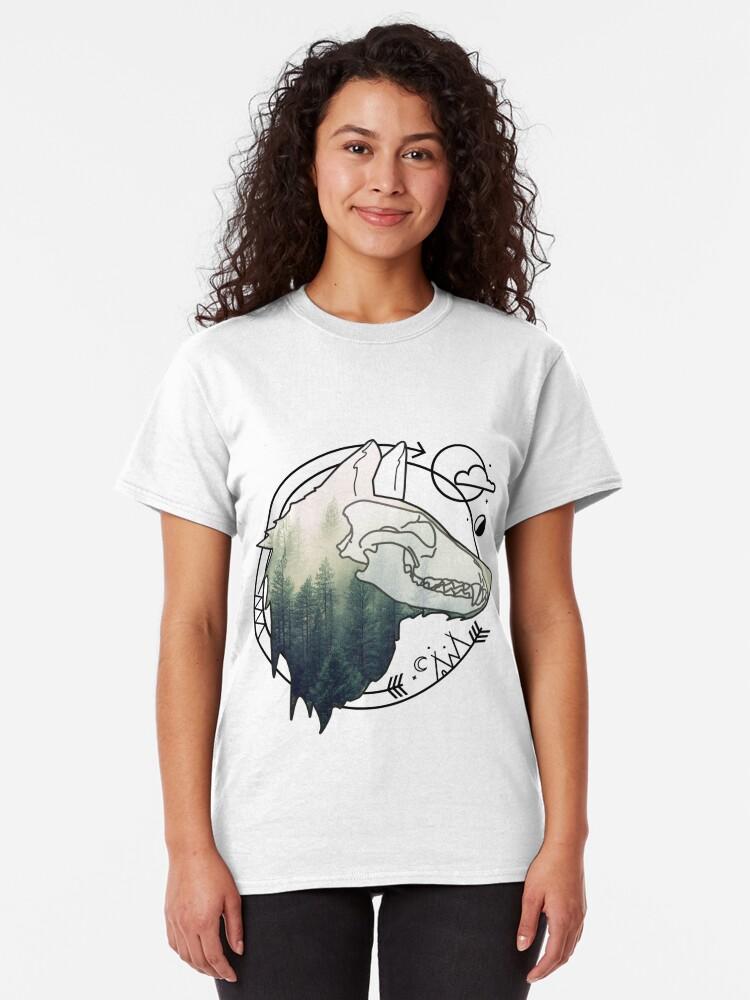 Alternative Ansicht von Wolf animal forest totem skull art Classic T-Shirt
