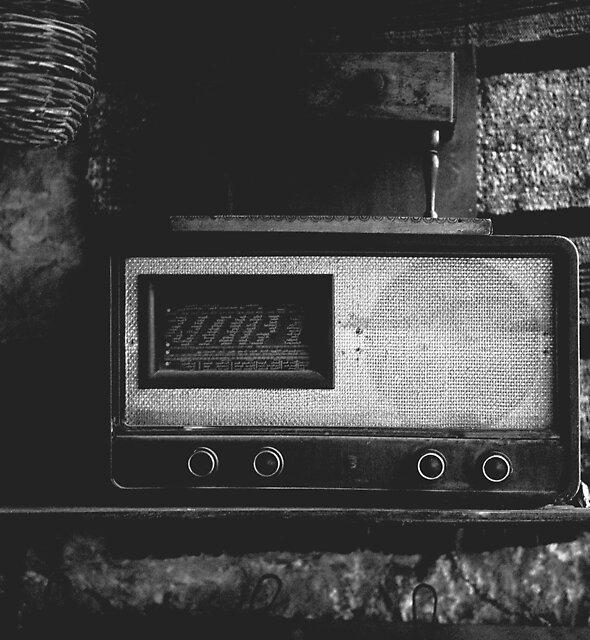 Radio 2 by Stefan Kutsarov