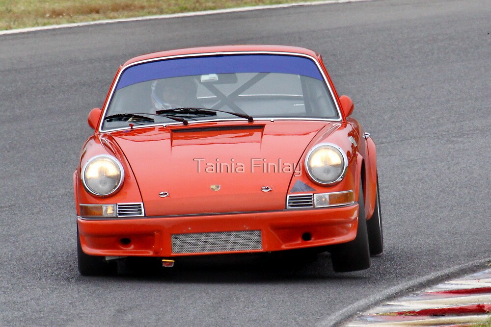 Porsche 911 - Eastern Creek Tasman Revival 2010 by Tainia Finlay