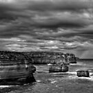 Twelve Apostles HDR Mono by peterperfect