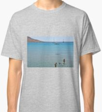 Swimming the dog Classic T-Shirt