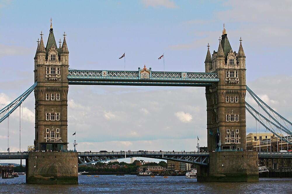 Tower Bridge by Dave Godden
