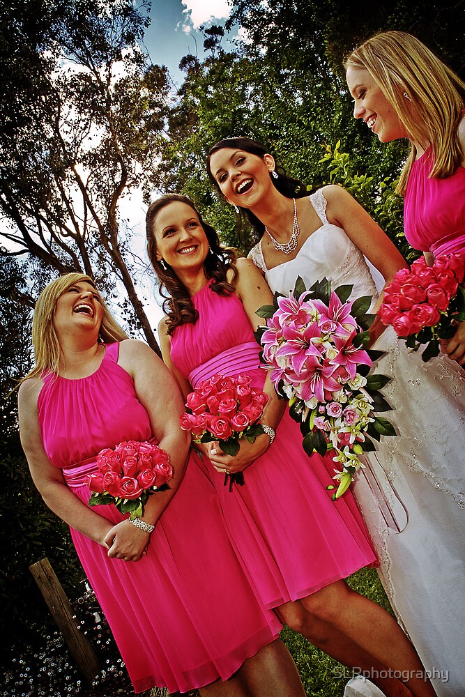 Bride and her Bridesmaids by SLRphotography
