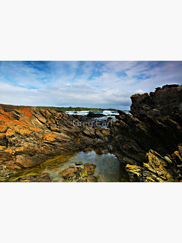Victoria Cove - King Island by GregEarl