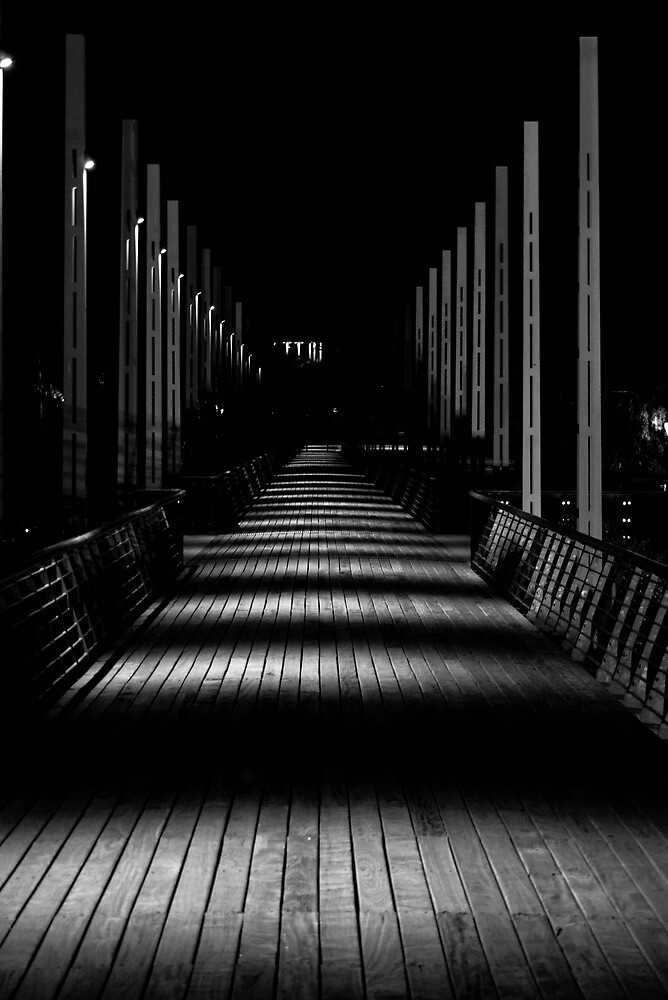 Night walkway by djwl