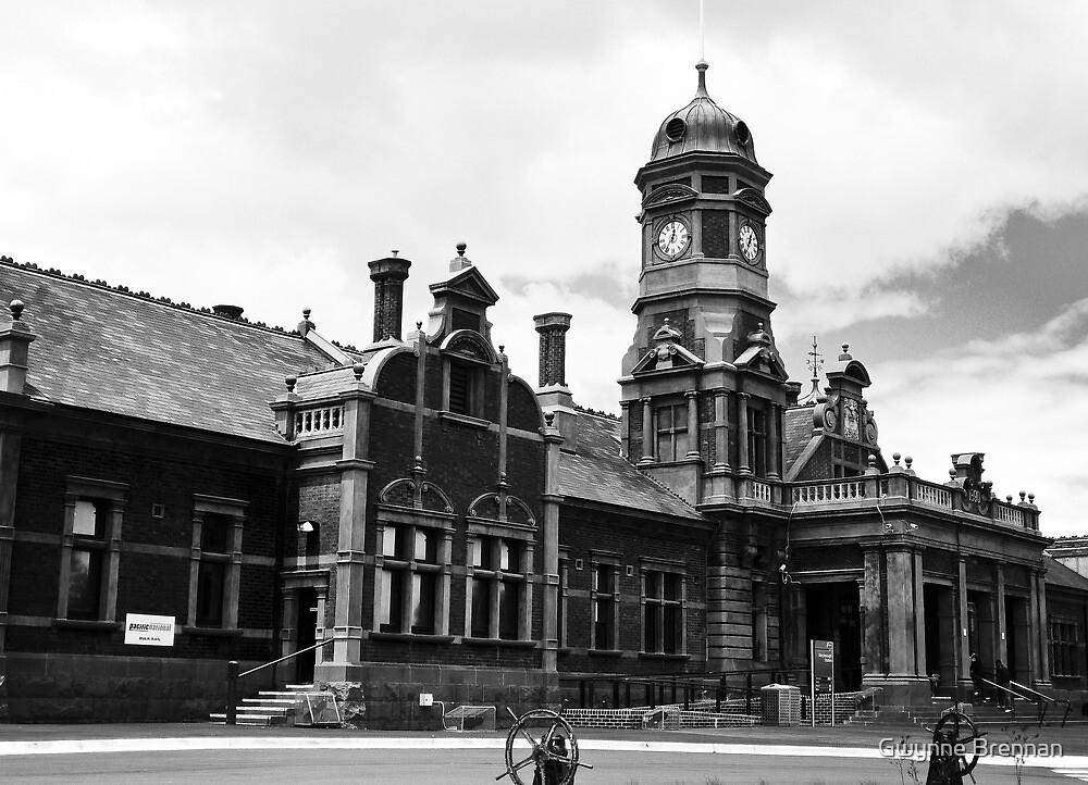 Maryborough Railway Station by Gwynne Brennan