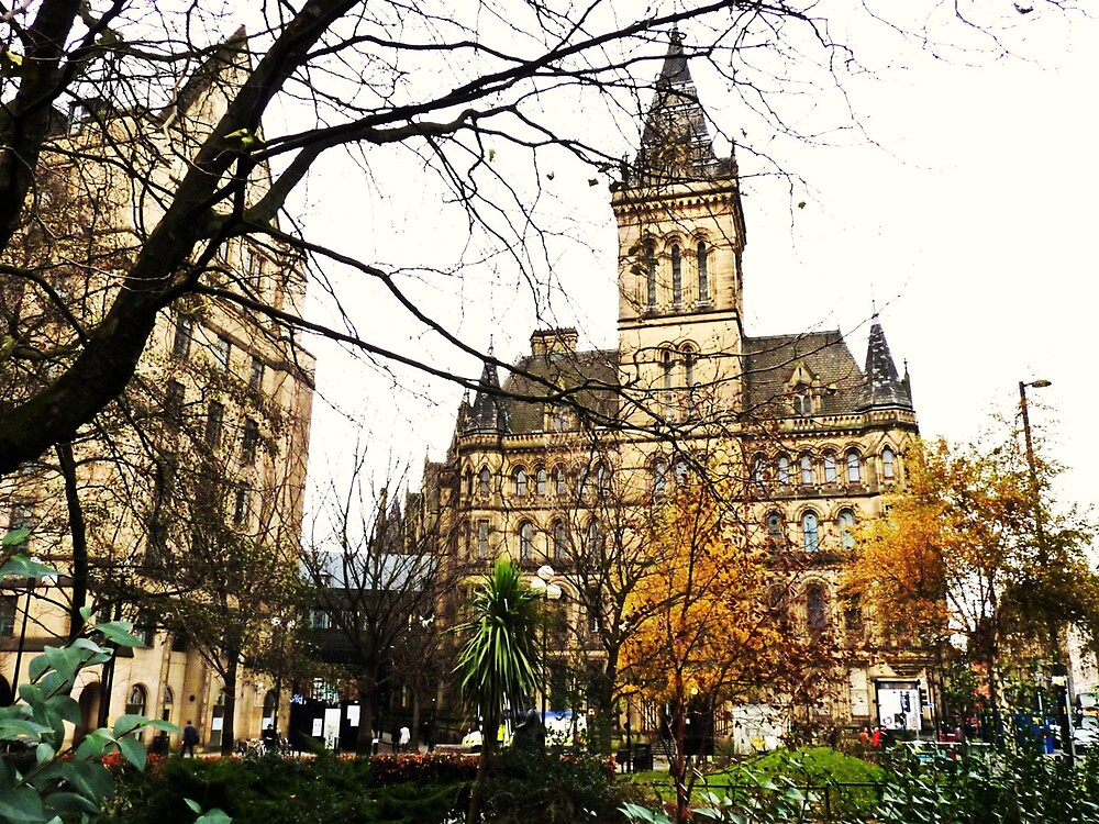 Manchester Town Hall. by artfulvistas
