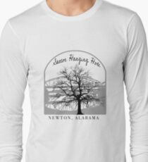 Haunted Sketoe Hanging Hole Long Sleeve T-Shirt