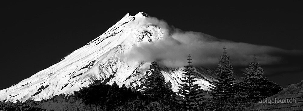 Mt Egmont by abigalewitch