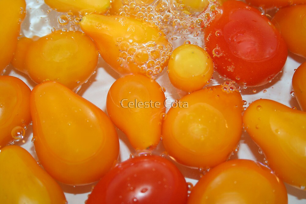 Cherry tomatoes in water by Celeste Cota