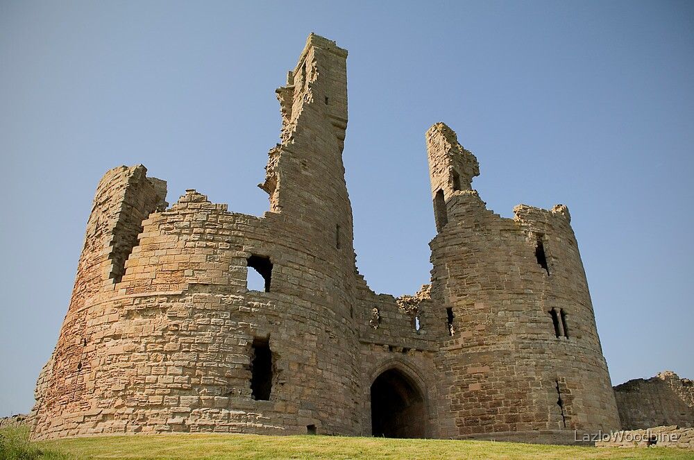 Dunstunburgh Castle: Northumberland by LazloWoodbine