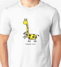 Giraffe Love. T-Shirt