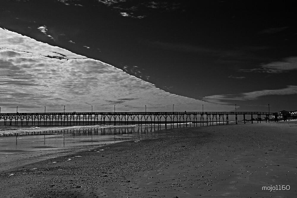 Salty's Pier by mojo1160