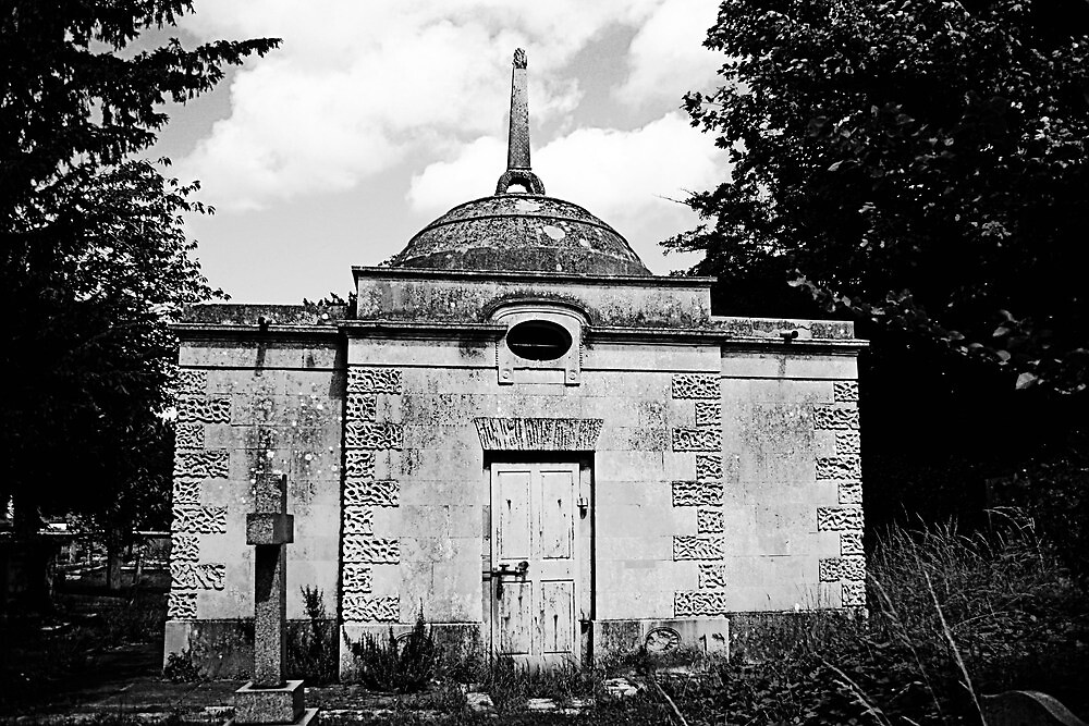 Nash Mausoleum by Dave Godden