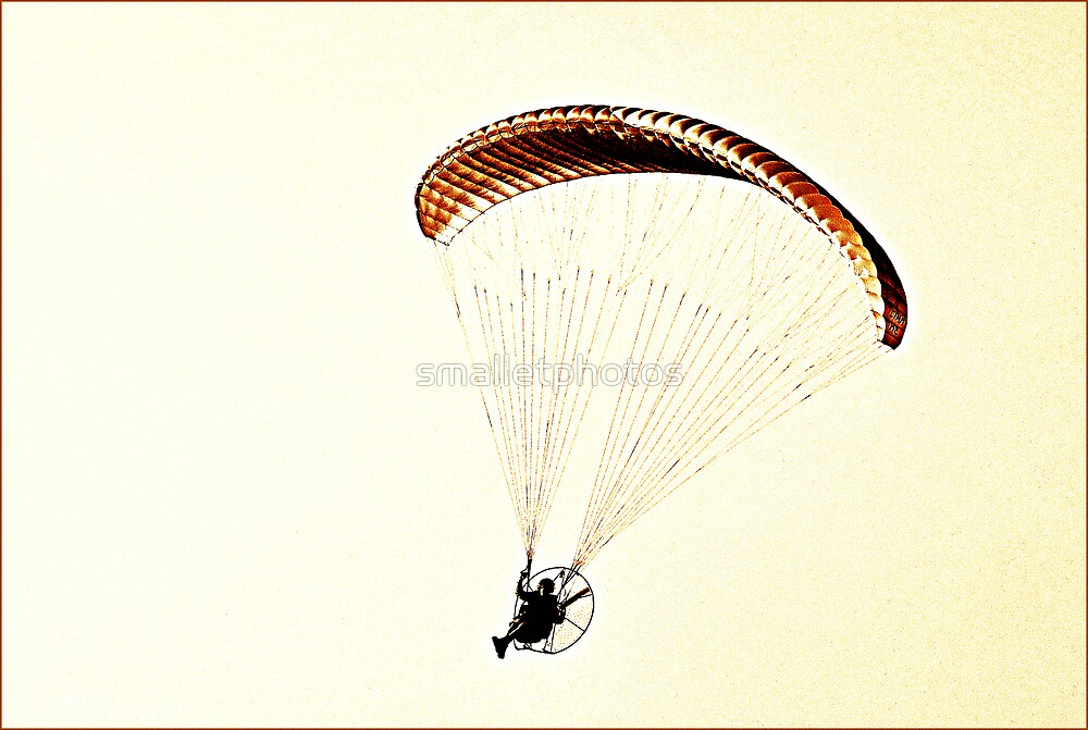 Motorized Parachute  by smalletphotos