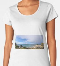Mallacoota Bastian Point Boat Ramp Lookout Premium Scoop T-Shirt