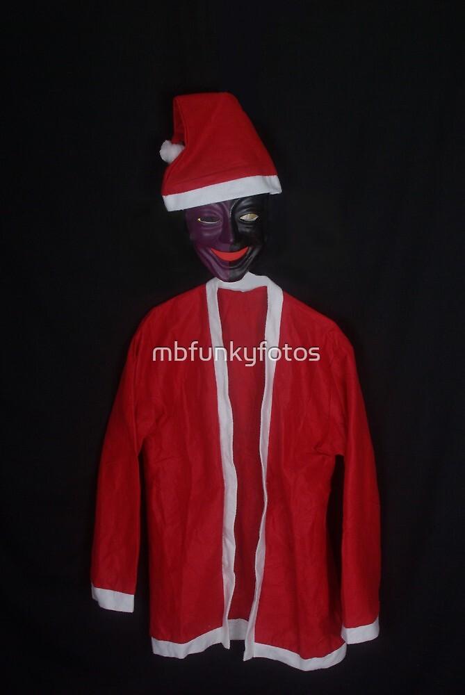 Scary Santa by mbfunkyfotos