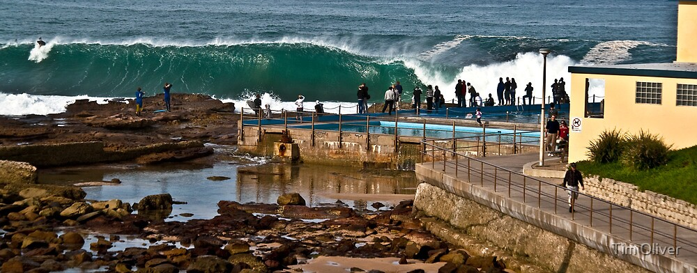 Dee Why empty barrel by Tim Oliver