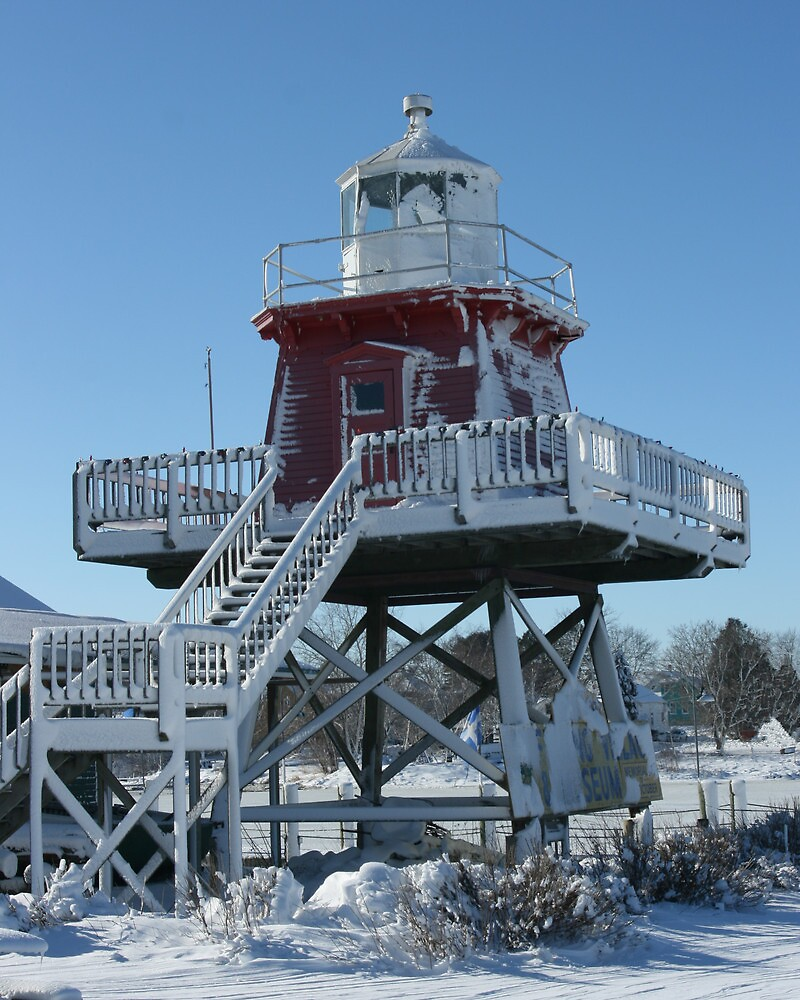 Two Rivers Lighthouse - 1886 by eaglewatcher4