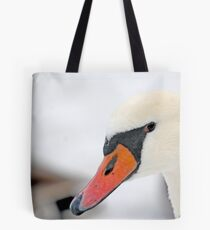 Inquisitive swan  3839 Tote Bag