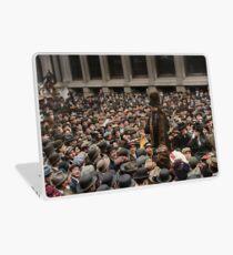 British Suffragette Emmeline Pankhurst addressing crowd on Wall Street, New York in 1911 Laptop Skin