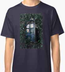 Police Box in The Garden Hoodie / T-shirt Classic T-Shirt