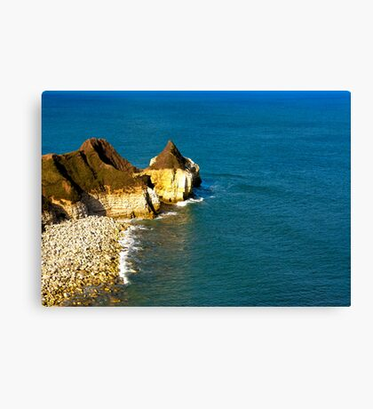 Yorkshire Coast at Thornwick Bay Canvas Print