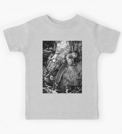 squirrel and the tree king Kids Clothes