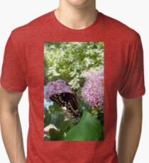 Giant Swallowtail Butterfly in profile Tri-blend T-Shirt