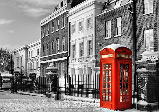 Red Telephone Box by KarenM