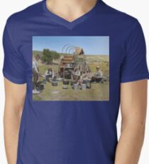 Texas cowboys in 1900 — a chuckwagon lunch during a cattle roundup V-Neck T-Shirt
