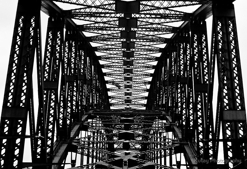 Sydney Harbour Bridge - Detail by Kutay Photography