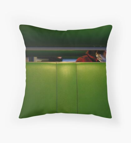 snelle train Throw Pillow