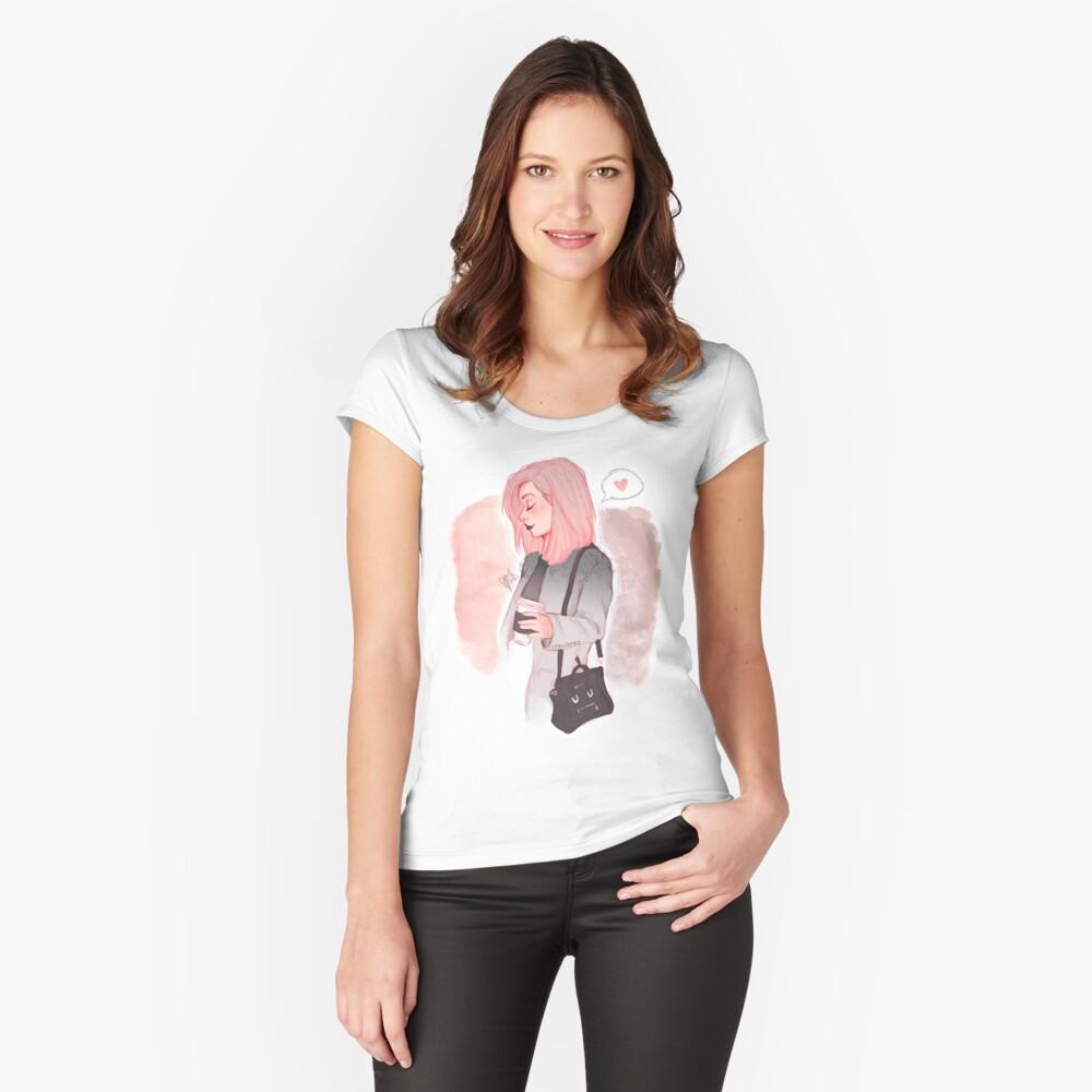 Kaffee Luv Tailliertes Rundhals-Shirt