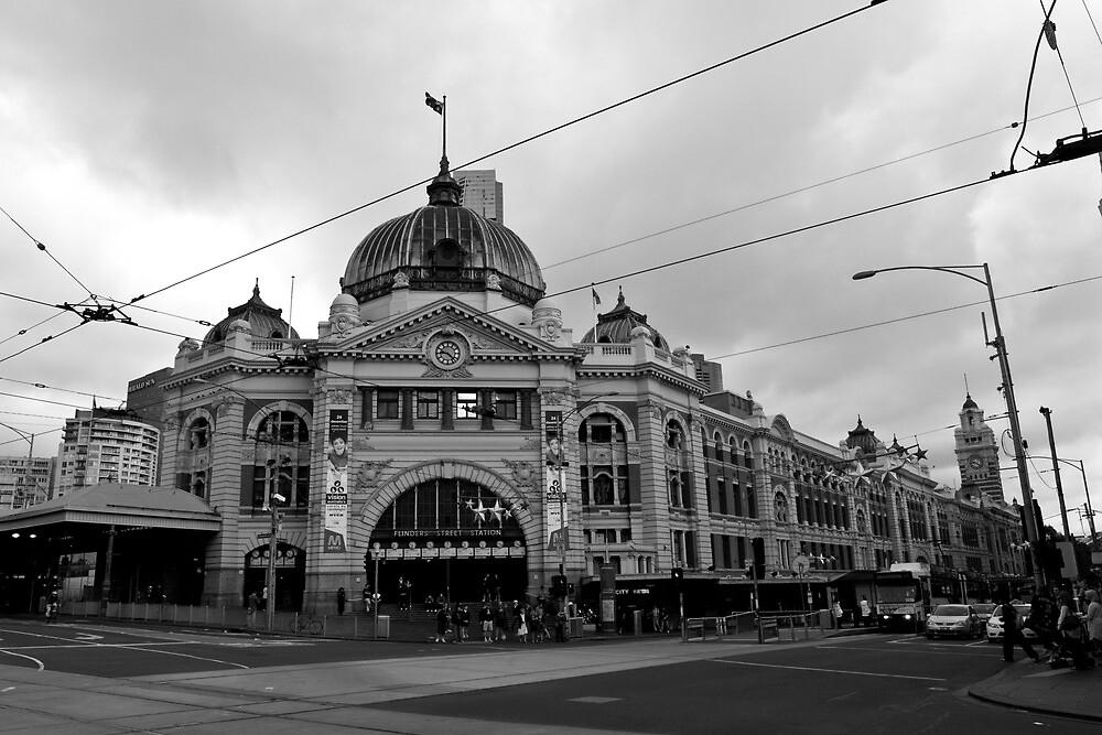 Flinders Street Station by Matt  Williams