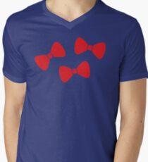 Red Bows Pattern Mens V-Neck T-Shirt