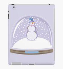 Snowman in Globe Ball iPad Case/Skin