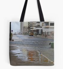 Another Day in La Habana Tote Bag