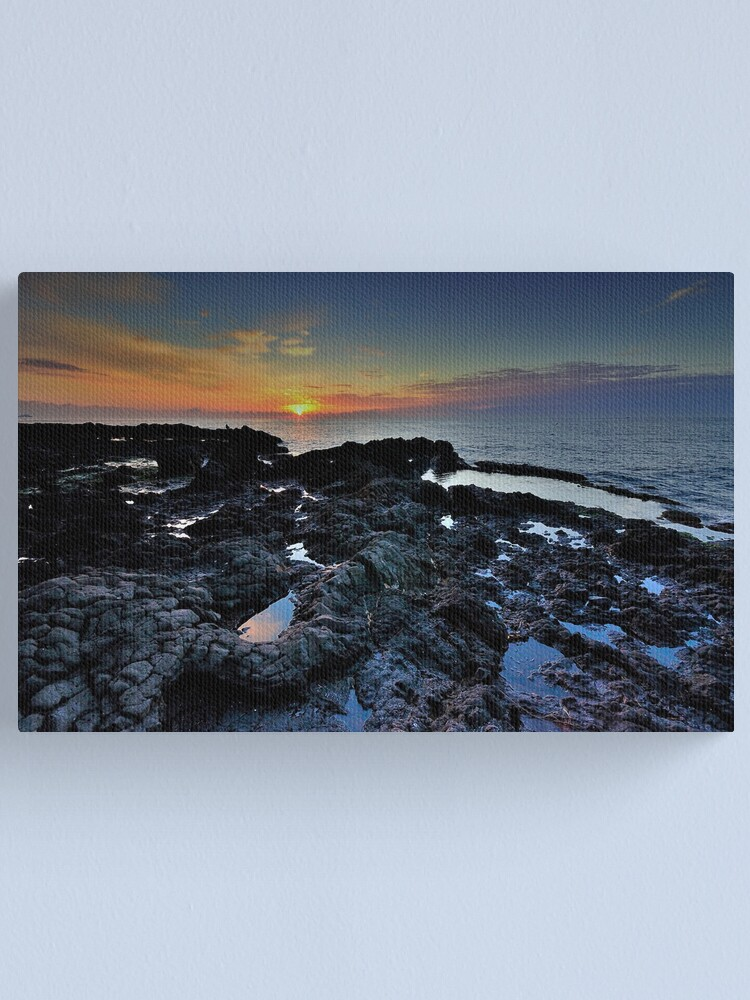 Alternate view of Sunrise with rocks  Canvas Print