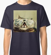 Cute Cat With Glasses Classic T-Shirt