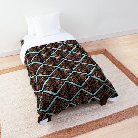 Mapipi Comforter