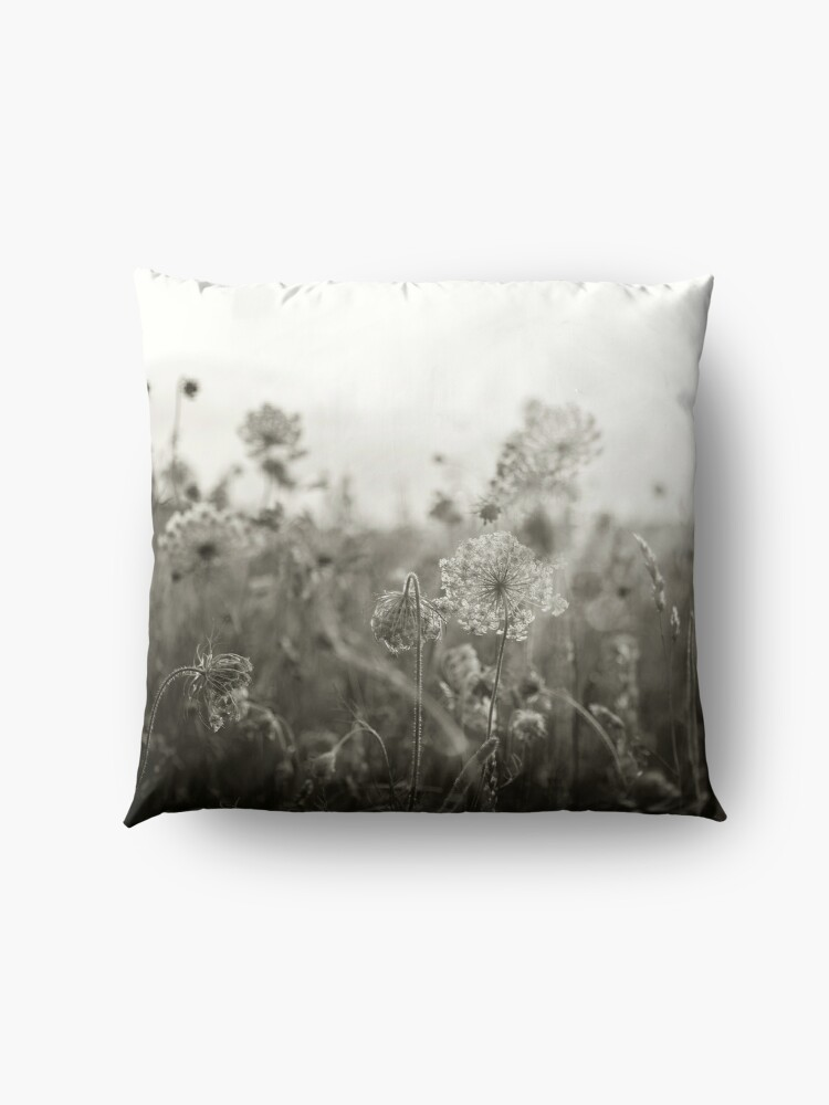 Alternate view of Queen Anne's Lace, No. 1 Floor Pillow