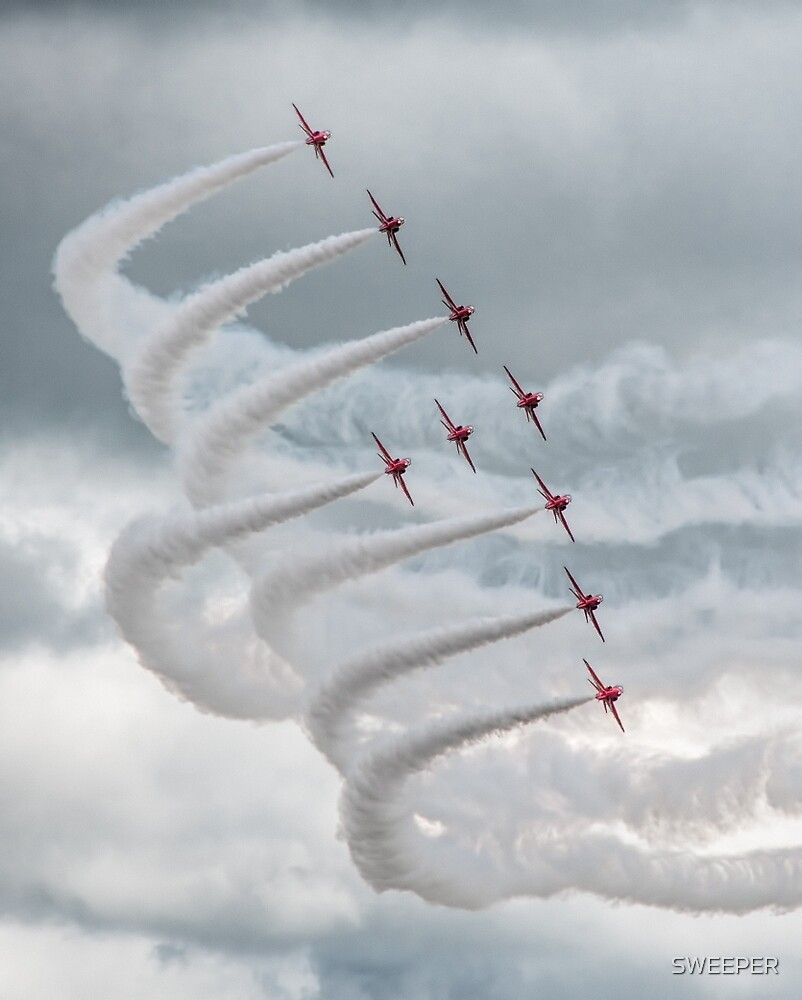 Red Arrows Yeovilton 2015 (1) by SWEEPER