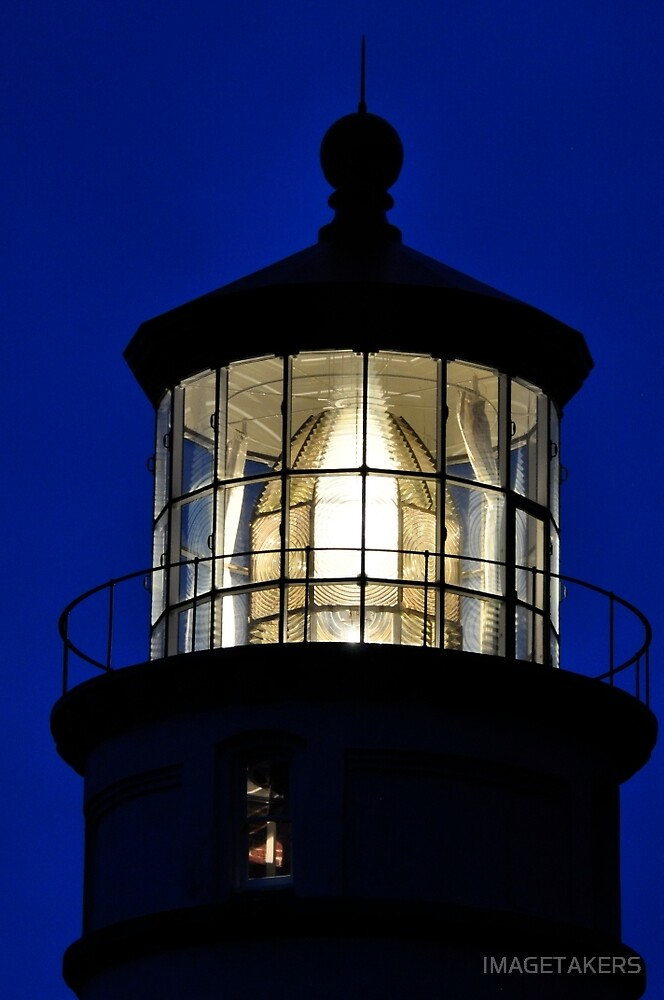 Heceta Hea Lighthouse - Lights On by IMAGETAKERS