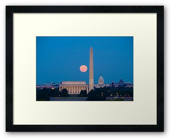 Moonrise Over Washington, DC by Oscar Gutierrez