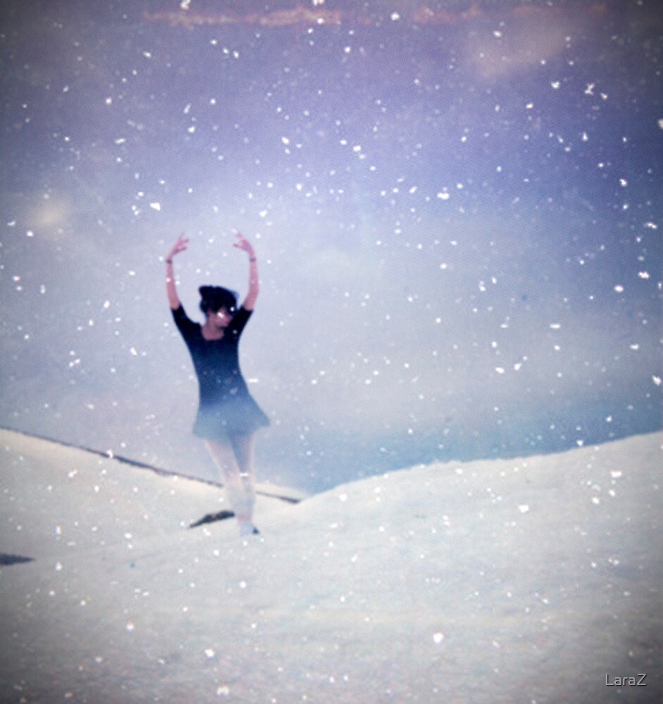 Ballerina in a crystal ball by LaraZ