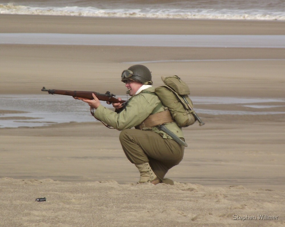 Take Aim - WW2 Operation Neptune Re-actment Skegness Beach 2010 by Stephen Willmer