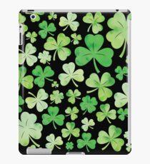 St Patricks Day Green Watercolour Shamrock Pattern iPad Case/Skin