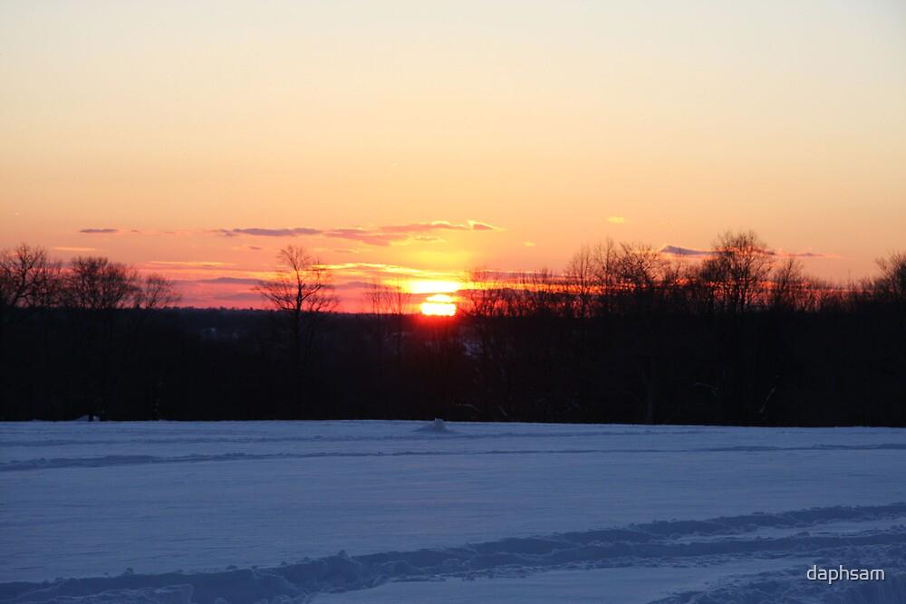 A Winter Sky Sunset by daphsam
