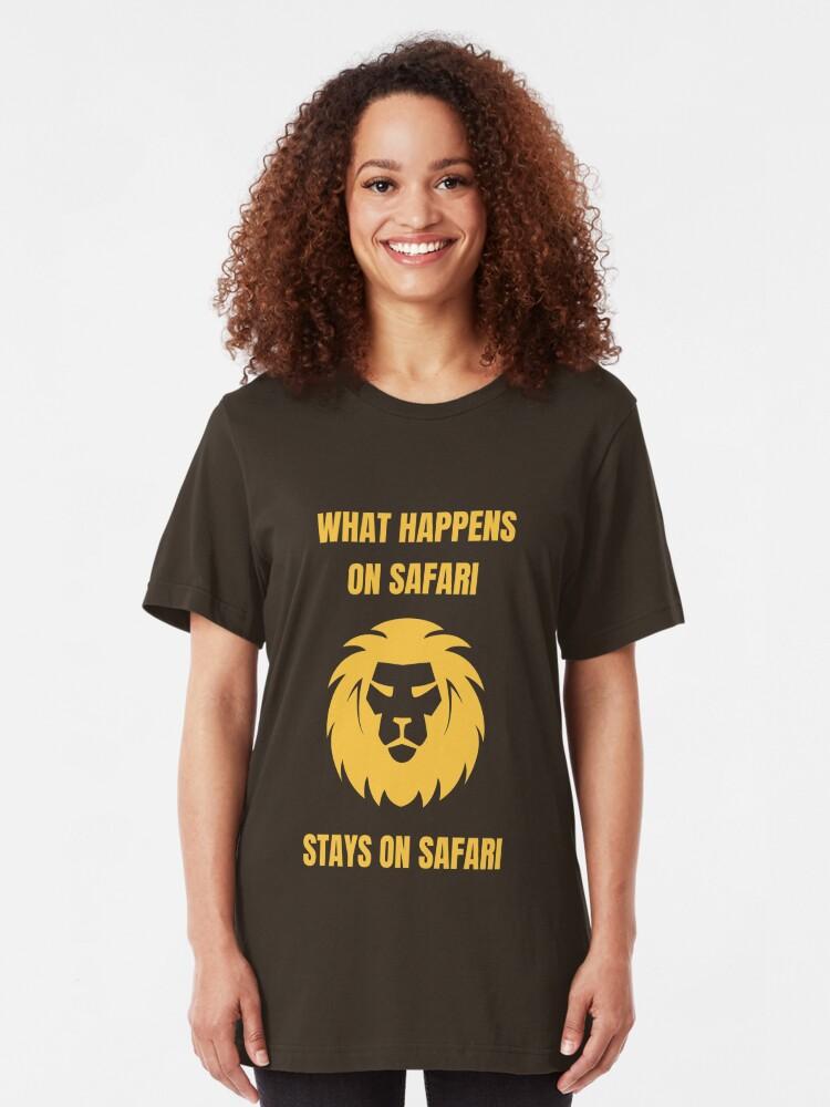 Alternative Ansicht von What Happens On Safari - Funny Safari Slim Fit T-Shirt